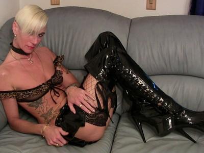 My dirty hobby diese blondine mag es richtig hart - 1 part 4