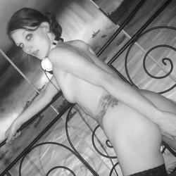 Sexy-Pornorella