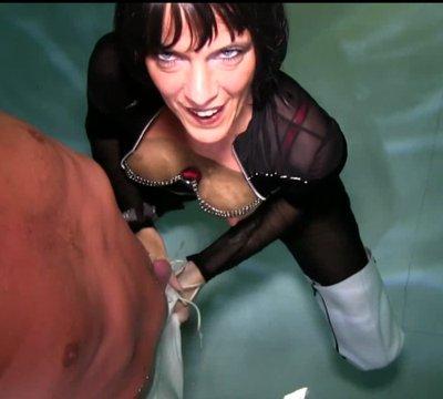 Nanalou at night having sex at the pool in Koh Samui PART 1