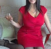 Im roten Kleid....