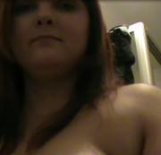 Haarige Pussy wird rasiert Teil 1