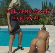 Milf-Muttis Arsch angepisst!