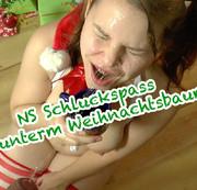 NS Schluckspa� unterm Weihnachtsbaum